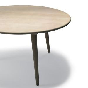 comprar Mesa CH008 100 cm en haya de Carl Hansen. Disponible en Moisés showroom