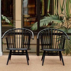 patio exterior con Silla con brazos Crinolette color negro de Artek