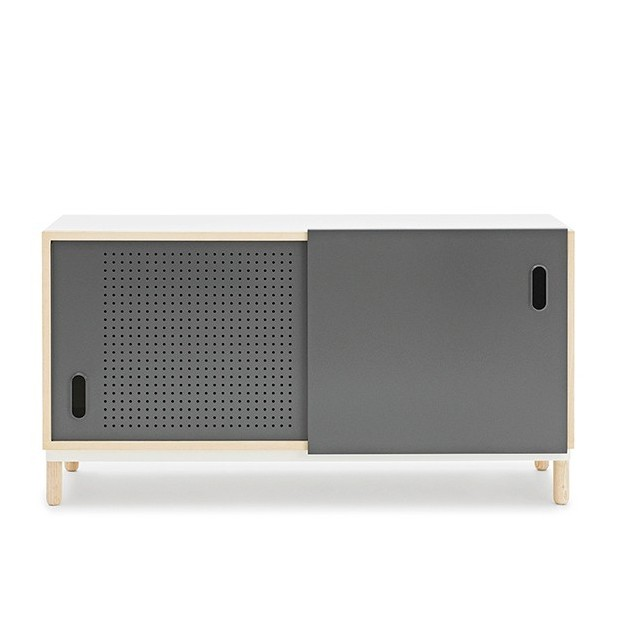 comprar Aparador Kabino Sideboard color gris de Normann Copenhagen. disponible en Moisés showroom
