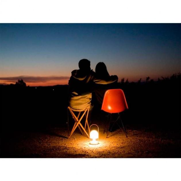 velada romántica con lámpara FollowMe Marset