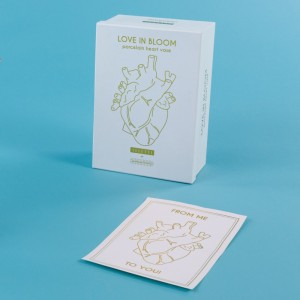 Love in Bloom packaging - Seletti