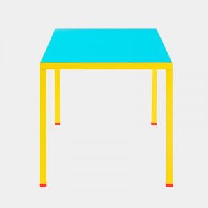 Mesa de comedor Violetta azul y amarillo Memphis Milano