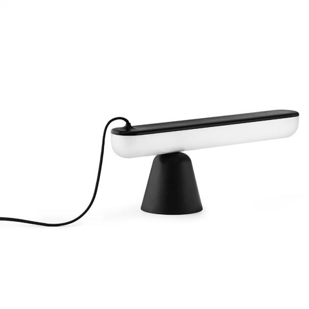 Lámpara Acrobat de Normann Copenhagen en Moises Showroom