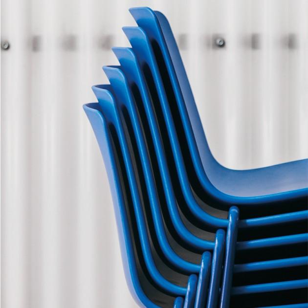 Silla Lottus monocolor con base 4 pies de Enea