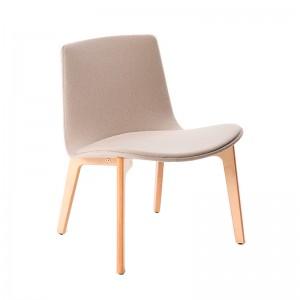 Butaca Lottus Wood Lounge con tapizado integral en Moises Showroom