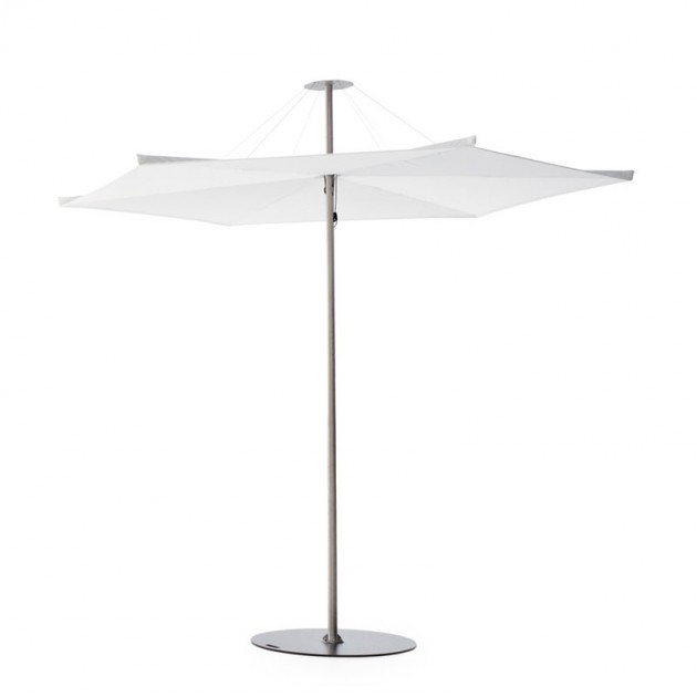 Parasol Inumbrina 250 color blanco con base de pie redonda de Extremis