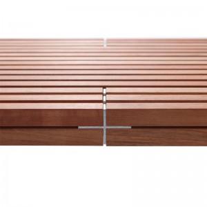 Detalle madera Banco jardin Romeo & Juliet de Extremis disponible en Moisés showroom