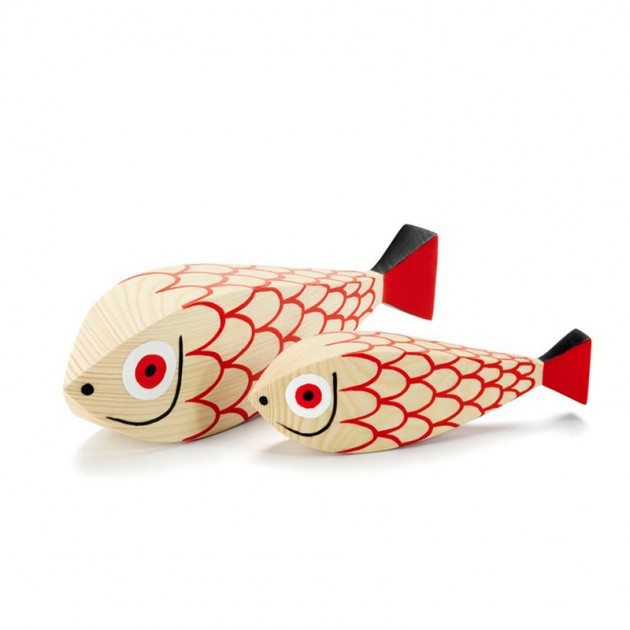 Wooden doll Mother Fish and child en Moises Showroom