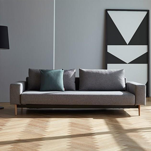 salón con Sofá Idun color gris 521 de Innovation Living
