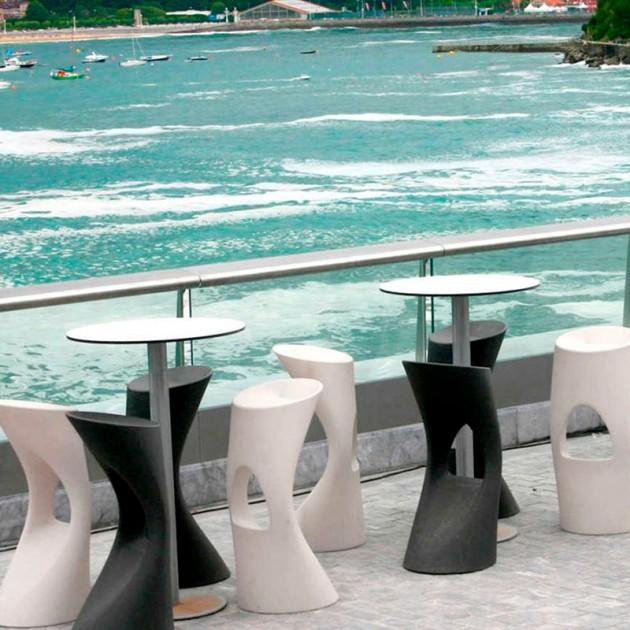 terraza marítima con Taburetes Flod Mobles 114