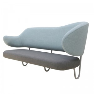 Wall sofa de House of Finn Juhl en Moises Showroom