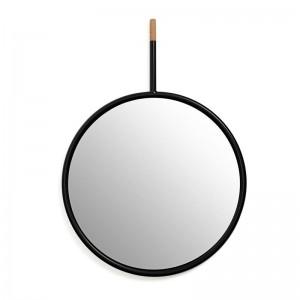 Espejo Hang Mirror negro de Omellete-Ed en Moises Showroom