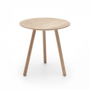 Mesa Bison 45 roble natural de Omelette-Ed en Moises Showroom