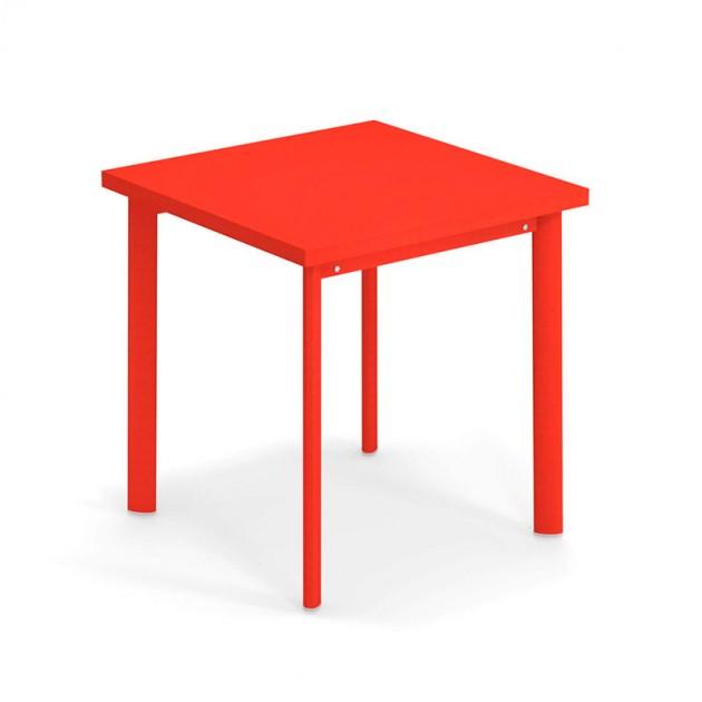 Mesa Star de exterior 70x70 roja Emu diseño