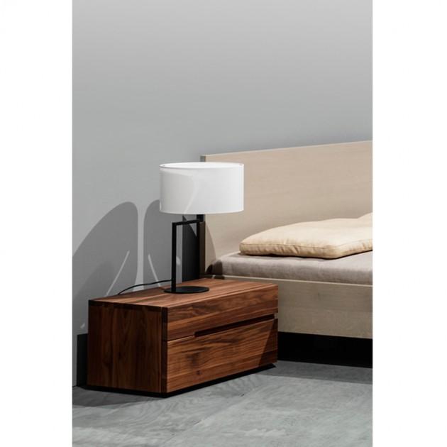 Mesilla Nightstand de Zeitraum en nogal americano disponible en Moises Showroom
