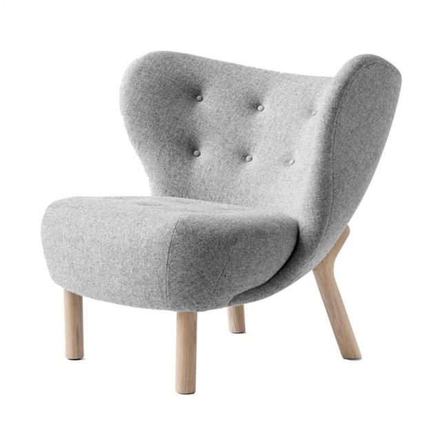sillón Little Petra VB1 Andtradition pata roble tapicería Hallingdal 130