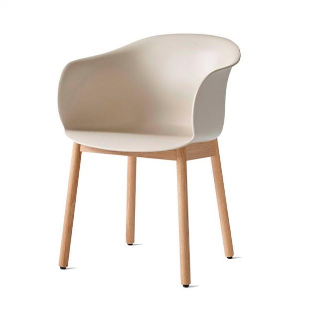 silla Elefy JH30 beige claro pata roble Andtradition