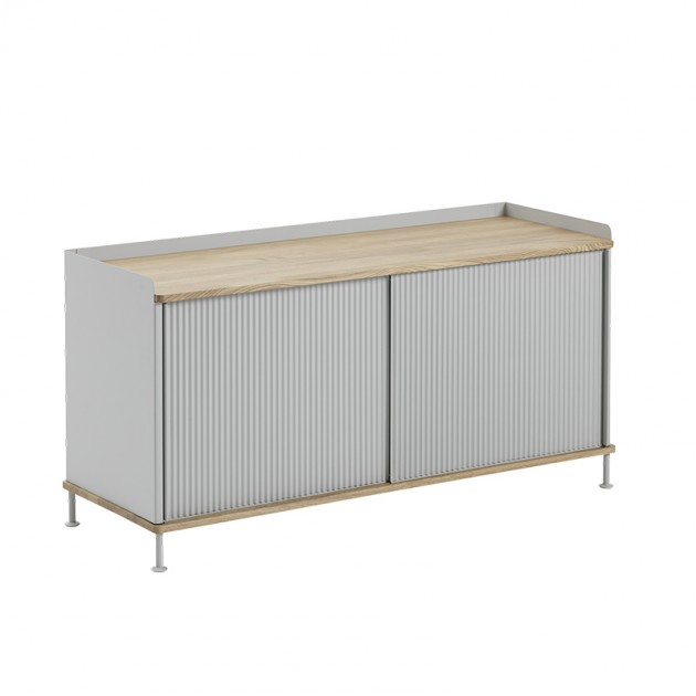Aparador Enfold Sideboard Low Oak Grey de Muuto en Moises Showroom