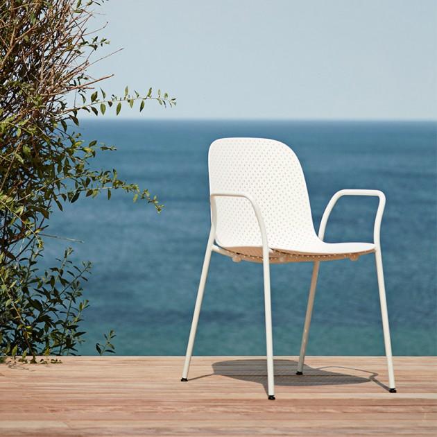 Silla 13Eighty armchair HAY blanca al aire libre