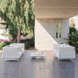 terraza con sofá y sillones Onde Gandía Blasco