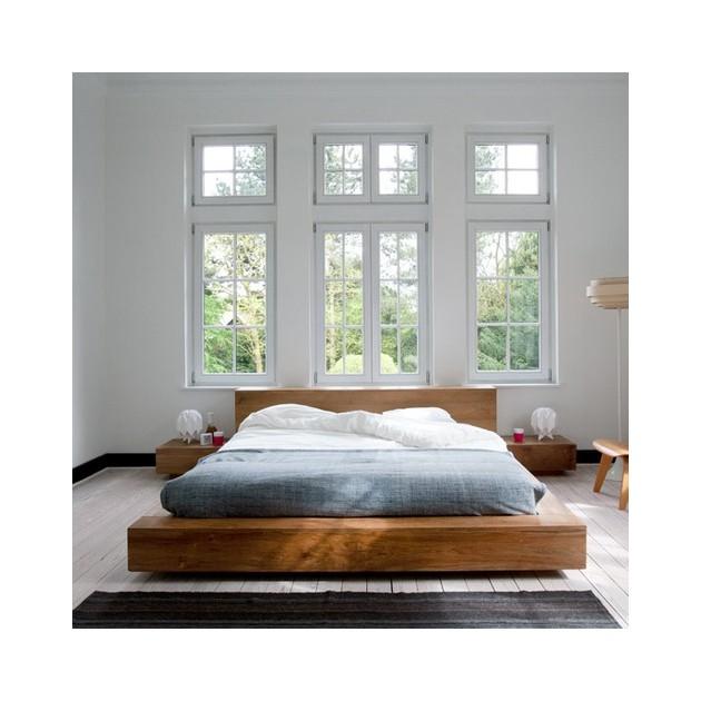 Dormitorio frontal con Mesilla Madra y Cama Madra en roble de la marca Ethnicraft