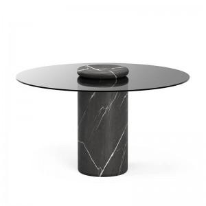 Castore Dining Table de Karakter en Moises Showroom