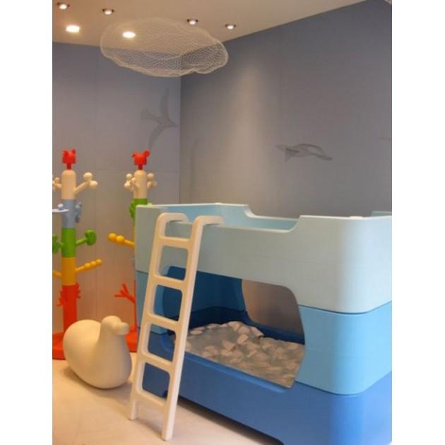 habitación infantil con Clouds Magis Me Too