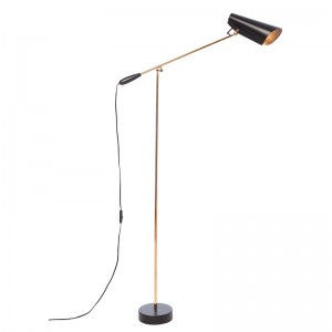 comprar Lámpara de pie Birdy color negro y pie en latón de Northern Lighting. Disponible en Moisés showroom.